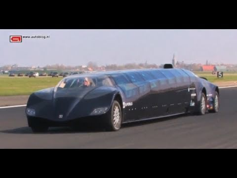 The Superbus can drive!