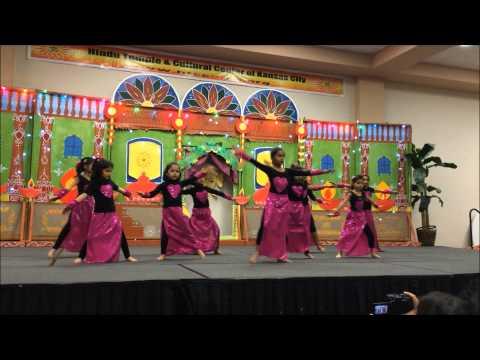 Kahin aag lage lag jawe dance performance at Hindu Temple Kansas...