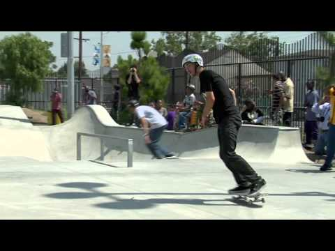 Tony Hawk Foundation Raise 70,000 Dollars to Build a Public Skatepark