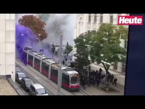 Hooligan-Massenschlägerei vor dem 319. Wiener Derby