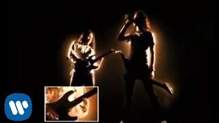 Dragonforce - Through the Fire and Flames [OFFICIAL VIDEO]