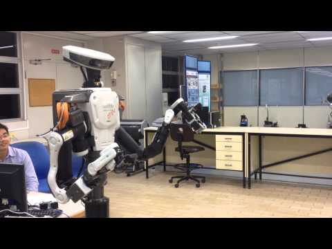 A very preliminary test of the KAWADA Nextage Open dual arm industrial robot