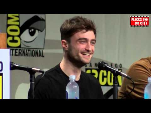 San Diego Comic Con Sings Happy Birthday To Daniel Radcliffe