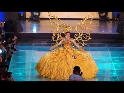 SINULOG QUEEN 2013. No. 4. JAMIE HERRELL. FESTIVAL OF COSTUMES. SM CITY CEBU, PHILIPPINES