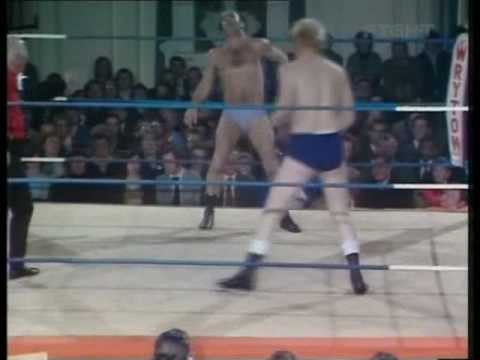 World Of Sport - Bert Royal vs Kenny Hogan