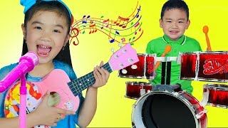 Hana & Lyndon Pretend Play with GUITAR & DRUM Toys and Sings Songs Together