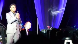 Johnny Mathis Sings Live At The O2