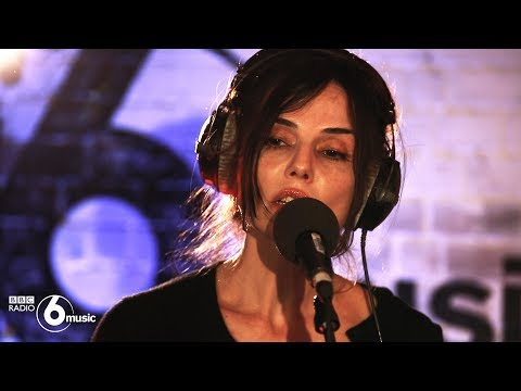 Unloved - Heartbreak (6 Music Live Room)