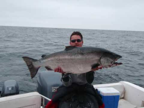 Fishing king spring Chinook Canada British Columbia Rivers Inlet Duncanby Lodge