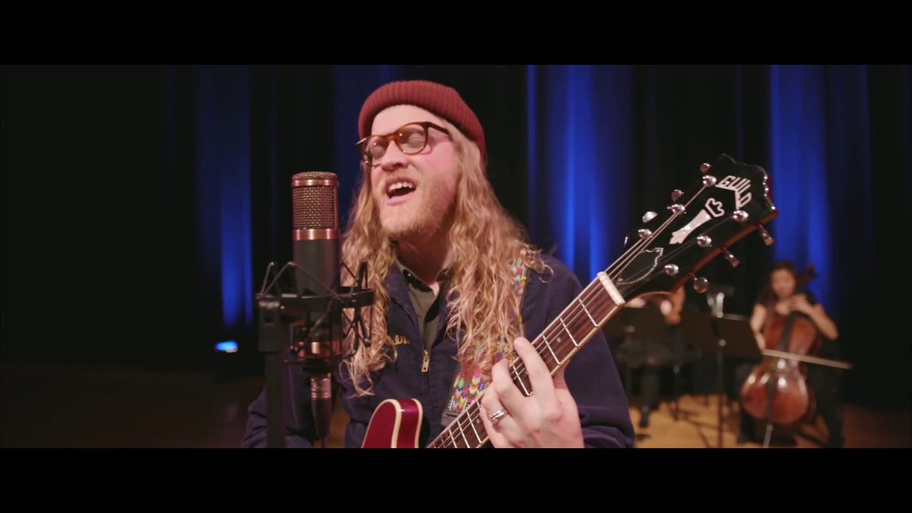 "Allen Stone - ""Give You Blue""のOfficial Live Videoを公開 新譜「Building Balance」2019年11月8日発売予定 thm Music info Clip"