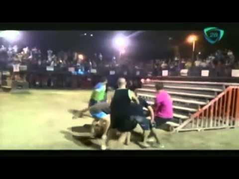 5152 sport Cadena 3 Tremenda cornada a un joven en una corrida tradicional en España