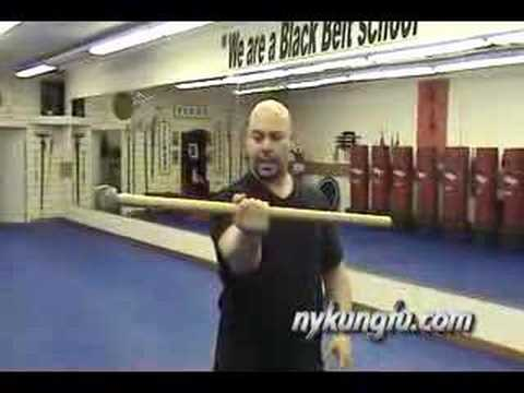 Kung-Fu Strength Training: Sledge hammer #2 Image 1