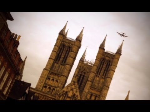 Lincoln Lancaster Bomber Fly Over