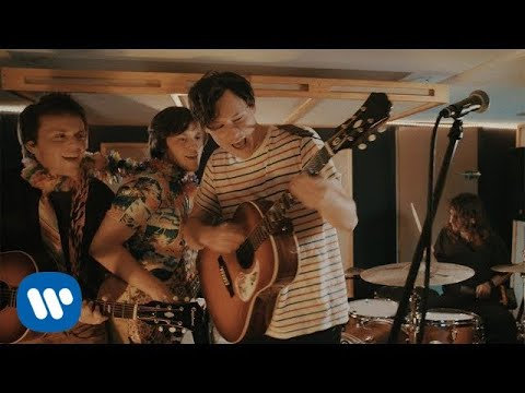 download lagu The Front Bottoms: Vacation Town gratis