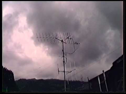 Antenna system for amateur satellite