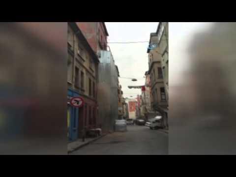 El derrumbe de un edificio en Turquía