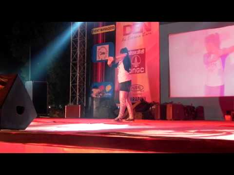 TU MERA JAANU HAI & IN AANKHON KI MASTI AWSOME DANCE BY RIYA...