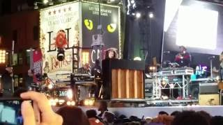 """Alicia Keys, """"The Gospel"""", opening song, live@ Times Square NYC, October 9, 2016"""