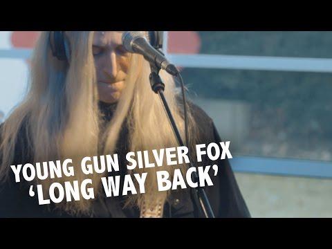 Young Gun Silver Fox - 'Long Way Back' Live @ Ekdom In De Ochtend MP3