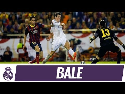 Gareth Bale's incredible goal against Barcelona | Copa del Rey Final 2014