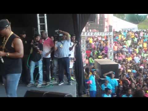 Bailão Do Robyssão - Salvador Fest 2014 [HD]