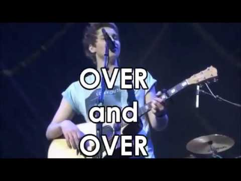 5 Seconds Of Summer - Over and Over