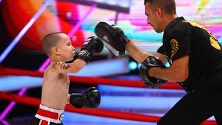 La cinci ani, în ringul de box, trei runde de câte un minut! Priviți prestația lui Nick Angelo Albu