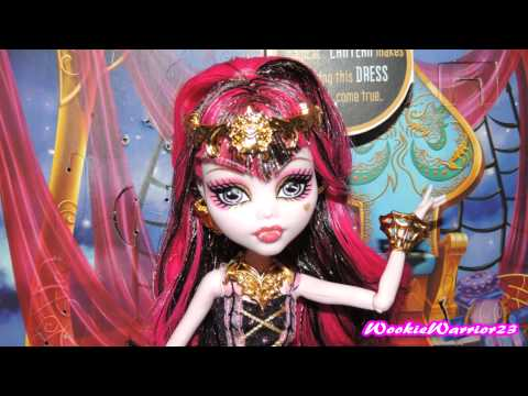 Monster High 13 Wishes Haunt The Casbah Draculaura Pictures!!