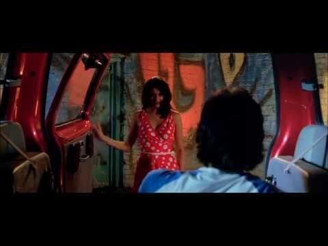 Romancing On The Backseat - Hello - Sharman Joshi - Gul Panag