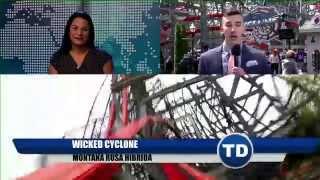 Asistimos a la Inauguracion  de Wicked Cyclone en Six Flags New England