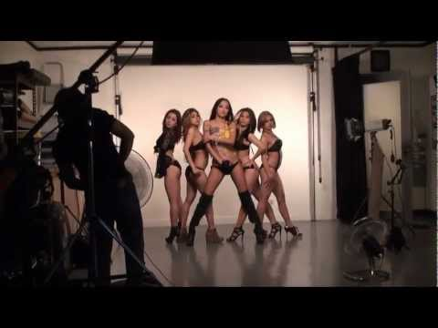 Behind The Scene Of Mocha Girls 2012 Calendar video