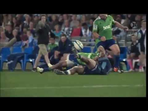 George Moala knocks out Buxton Popoali'i  | Super Rugby Video Highlights - George Moala knocks out B