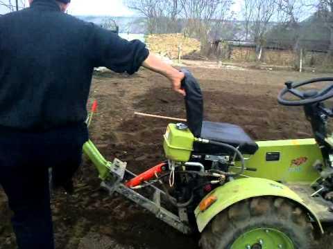 traktor zubr