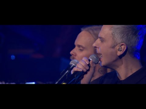 Avicii Tribute Concert - Waiting For Love (Live Vocals by Simon Aldred)
