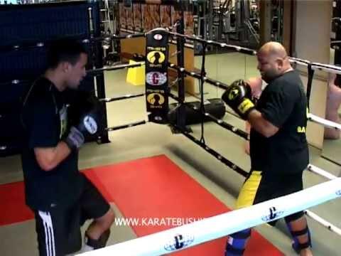 Reportage : suivez l'entraînement de Badr HARI