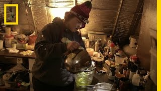 Sue Makes Homemade Balm | Life Below Zero