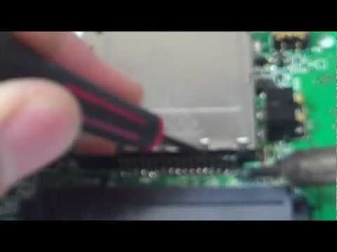 How to Repair a DS Lite Game Slot
