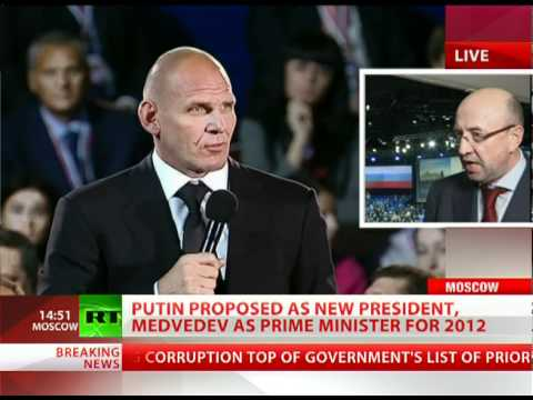 Surprise Party: Medvedev, Putin shock congress