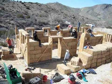 Building Retreat Cabins at Diamond Mountain University