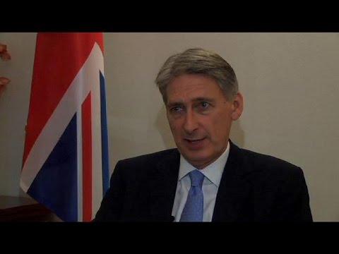 Hammond optimistic despite Iran nuclear talks extension