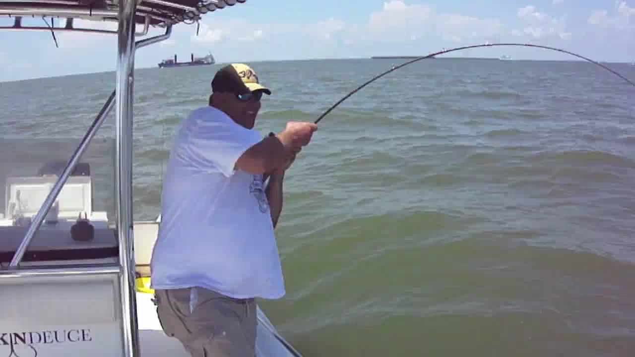 Slot redfish galveston bay texas youtube for Galveston fishing report seawolf park
