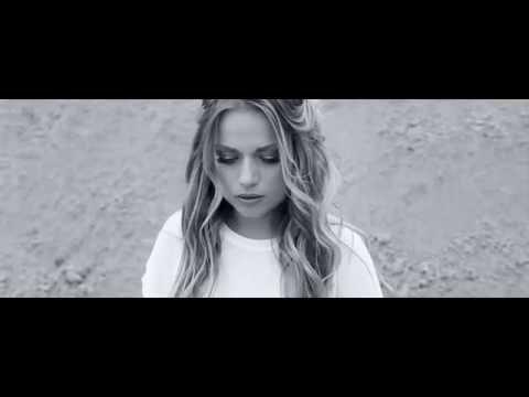 Cserpes Laura - Másik én (Official Video)