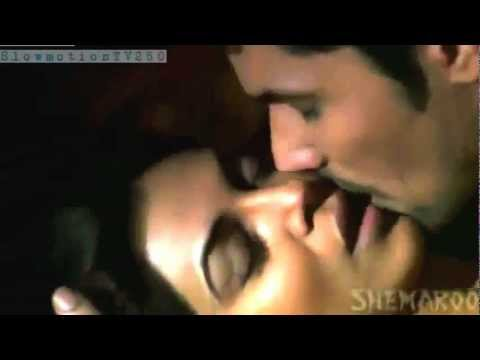 Sushmita Sen And Randeep Hooda Kissing Scene video