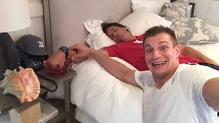 Rob Gronkowski Pranks Tom Brady for April Fools