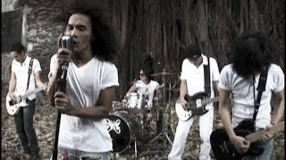 Slank - Kuil Cinta (Official Music Video)