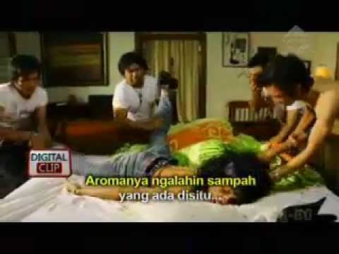 Digital Clip: Lastree - Daki (parodi Lagu Last Child - Pedih) video
