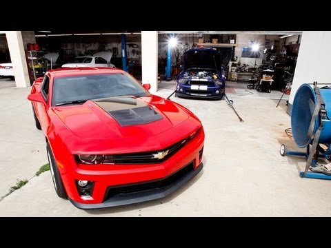 2013 Shelby GT500 vs 2013 Camaro ZL1 Dyno Comparison Video — Inside Li
