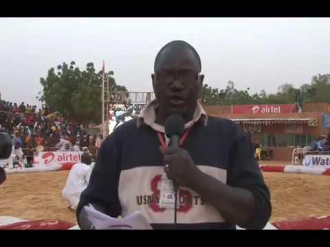 La deuxième journée de la lutte traditionnel du niger tahoua 2016 thumbnail