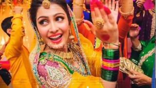 Pakistani Drama Actress Ayeza Khan & Danish Taimoor Wedding Video - Pakistani Wedding Dance!