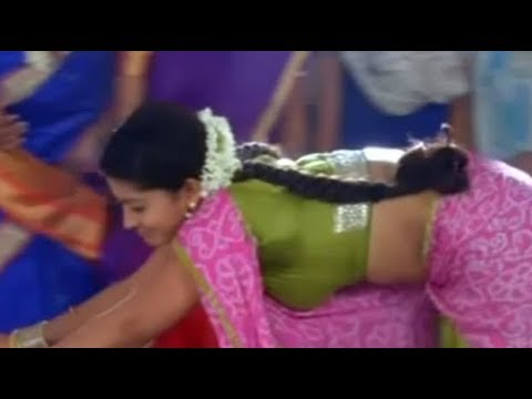 Sneha hot navel show in green saree